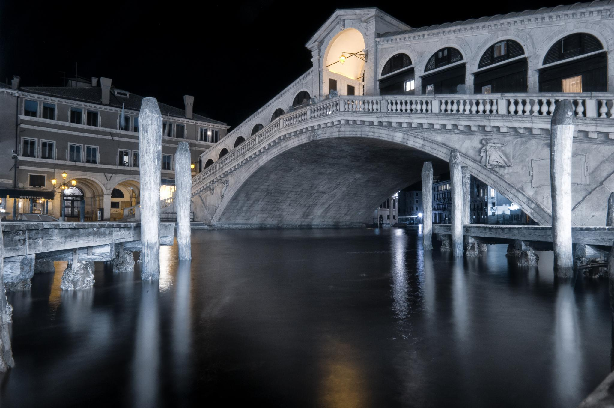Venezia By Night by Domenico Addotta
