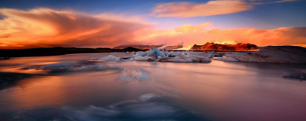 Jökulsárlón at sunset